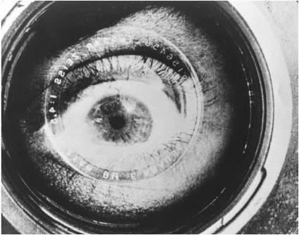 Risultati immagini per l'uomo con la macchina da presa film 1929